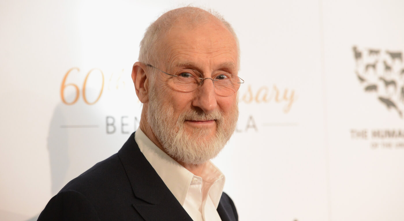 """James Cromwell talks Jurassic World 2: """" football field sized set with real recreations of dinosaurs"""""""