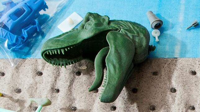 Mattel Teases First Look at Jurassic World Fallen Kingdom Toy!