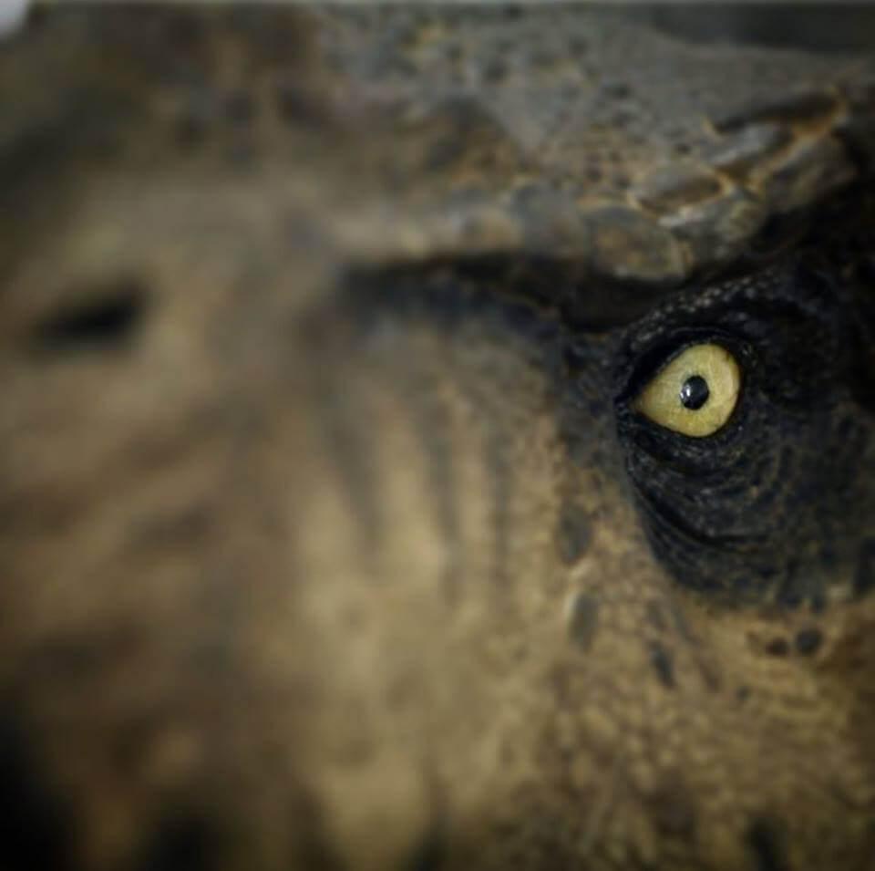 Iron Studios teases Jurassic Park statues ahead of CCXP 17 Next Week
