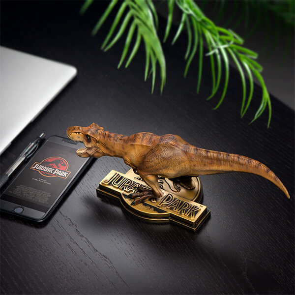 Exclusive 25th anniversary Jurassic Park T-Rex Statue From Think Geek Available For Purchase