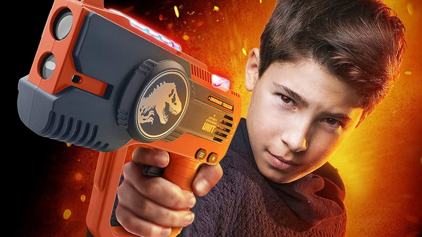 Join the Capture and Containment Unit With the New 'Jurassic World' Laser Tag Blasters!