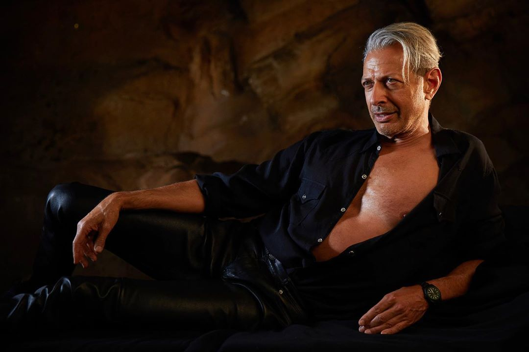 First Look at Jeff Goldblum as Dr. Ian Malcolm in Jurassic World: Dominion!